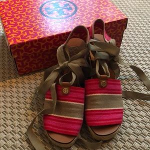 Tory Burch Pink stripe Espadrille Wedge size 7
